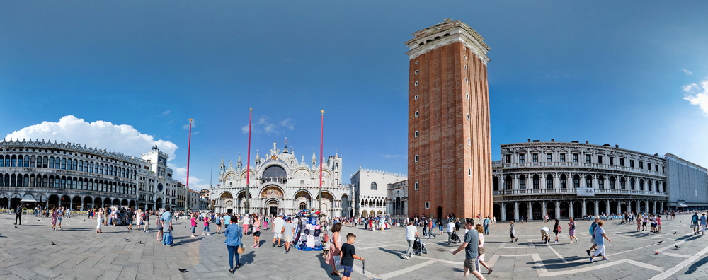 La place Saint-Marc de Venise en réalité virtuelle!